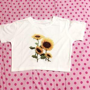 Beautiful sunflower 🌻 tank top.